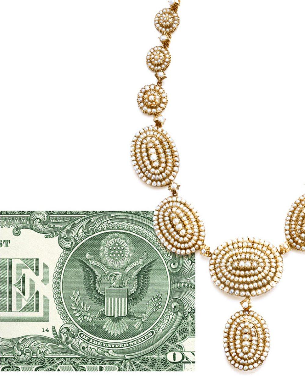 Para su toma de posesión, el presidente Lincoln obsequió a su esposa Mary un collar de perlas Tiffany.