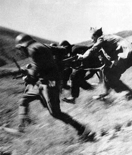 Milicianos republicanos, por Robert Capa.